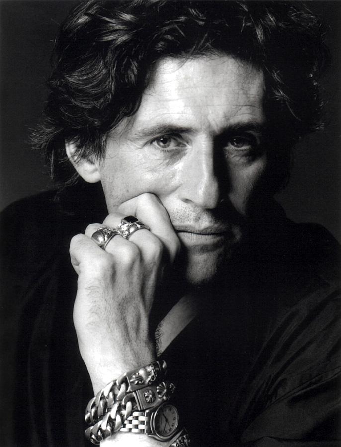 Gabriel-Byrne-1995-02-photo-1115